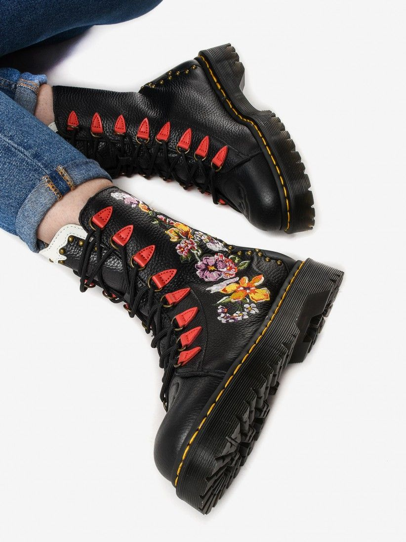 Dr. Martens Nyberg Boots
