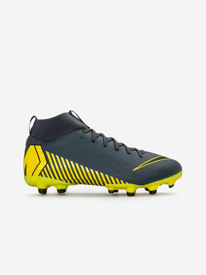 low priced 2f35e f28ba Nike Mercurial Superfly 6 Academy MG J Boots