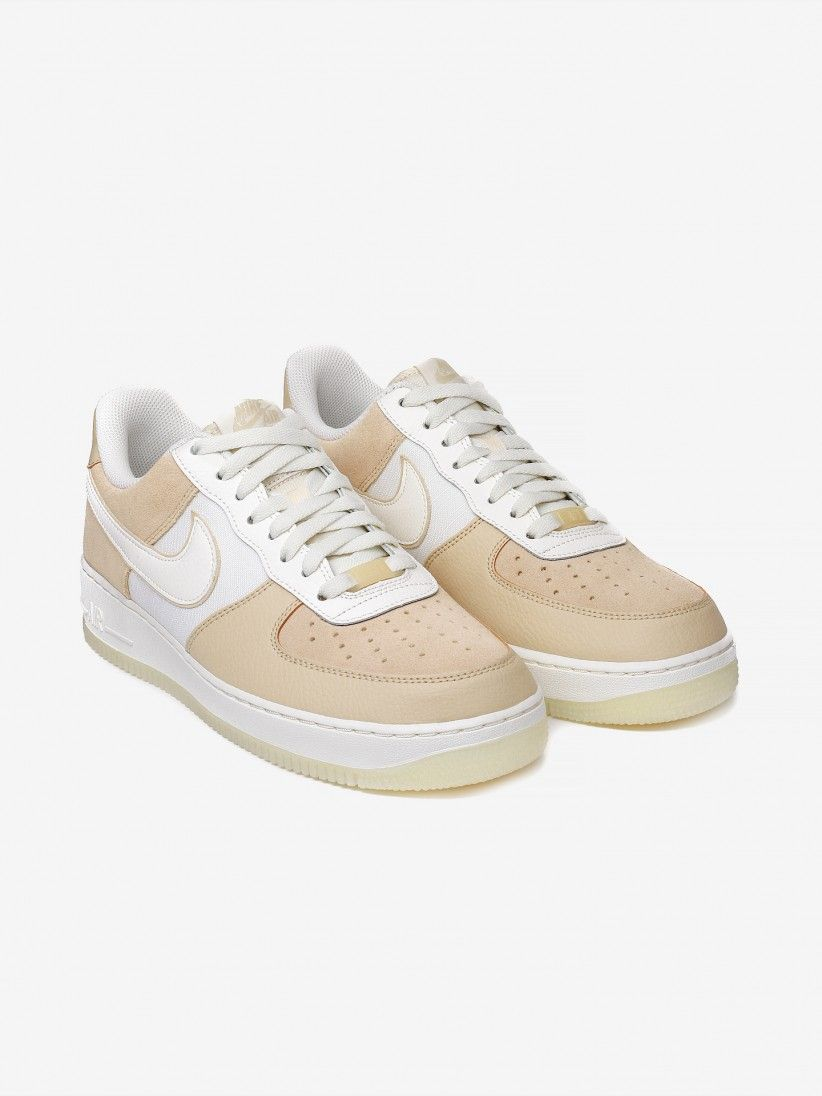 Nike Air Force 1 07 LV8 2 Sneakers