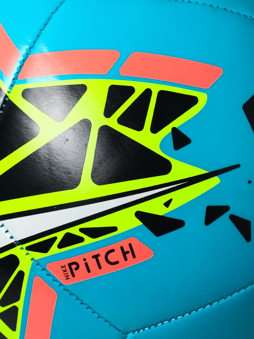 Bolas Nike Pitch