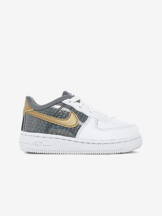 Nike Air Force 1 SE Sneakers